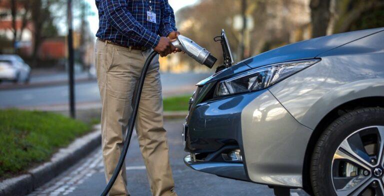 Septiembre sostenible: matrículas de vehículos de bajas y cero emisiones crecen 272.1% en Colombia